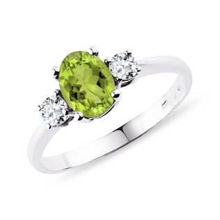 Silver ring with olivine and diamonds