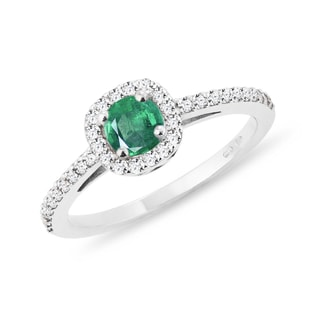 EMERALD ENGAGEMENT RING IN WHITE GOLD - ENGAGEMENT HALO RINGS - ENGAGEMENT RINGS