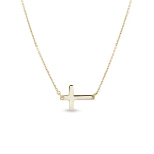 Cross pendant in gold
