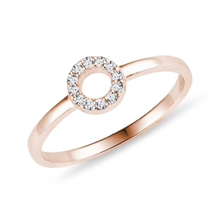 Minimalist diamond ring in rose gold