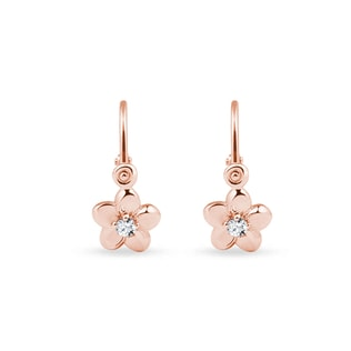 Diamond flower earrings in rose gold