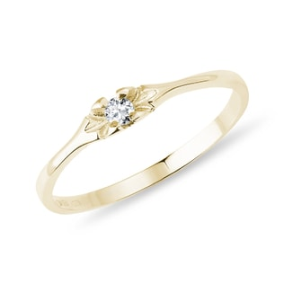 Goldener Diamantring