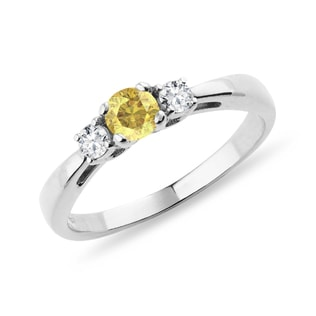 Yellow sapphire and diamond ring in 14kt gold