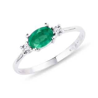 EMERALD RING WITH DIAMONDS IN WHITE GOLD - EMERALD RINGS - RINGS