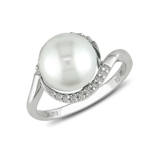 Pearl and diamond ring in sterling silver