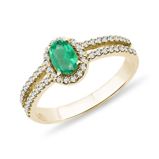 YELLOW GOLD RING WITH EMERALD AND DIAMONDS - ENGAGEMENT HALO RINGS - ENGAGEMENT RINGS
