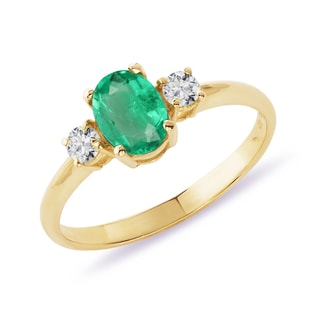 GOLDEN RING WITH EMERALD AND DIAMONDS - EMERALD RINGS - RINGS