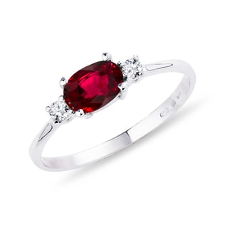 RING WITH RUBY ​​AND DIAMONDS - ENGAGEMENT GEMSTONE RINGS - ENGAGEMENT RINGS