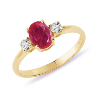 GOLD RING WITH A RUBY ​​AND DIAMONDS - RUBY RINGS - RINGS