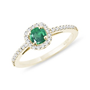 EMERALD ENGAGEMENT RING IN YELLOW GOLD - ENGAGEMENT HALO RINGS - ENGAGEMENT RINGS