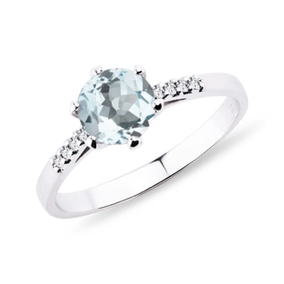 AQUAMARINE RING WITH DIAMONDS - ENGAGEMENT GEMSTONE RINGS - ENGAGEMENT RINGS
