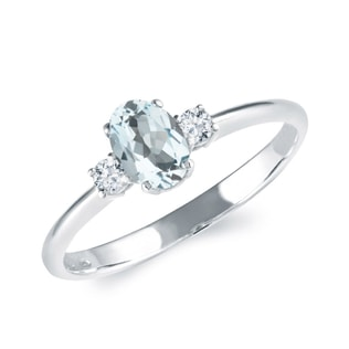 AQUAMARINE AND DIAMOND RING IN WHITE GOLD - ENGAGEMENT GEMSTONE RINGS - ENGAGEMENT RINGS