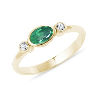 EMERALD AND DIAMOND RING IN YELLOW GOLD - EMERALD RINGS - RINGS