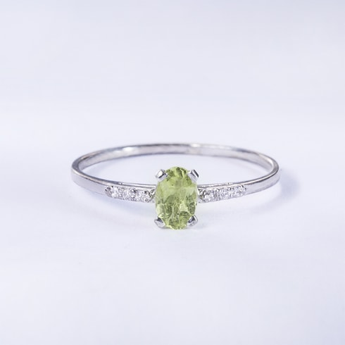 STERLING SILVER RING WITH PERIDOT AND DIAMONDS - JEWELLERY SALE