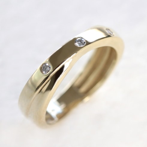 GOLD RING WITH DIAMONDS - WOMEN'S WEDDING RINGS - WEDDING RINGS