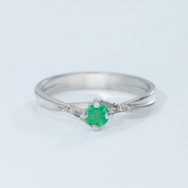 STERLING SILVER RING WITH EMERALD AND ZIRCON - EMERALD RINGS - RINGS