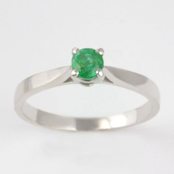 Sterling silver ring with emerald - Emerald Rings