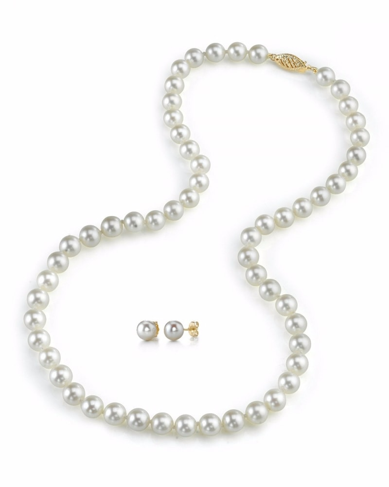 Pearl Necklace Akoya: Pearl Necklace And Earrings Akoya