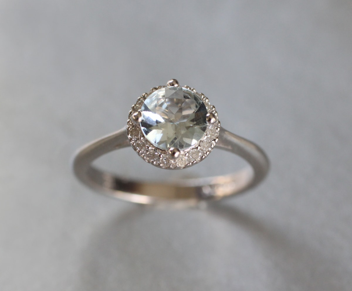 klenota radiant silver ring with aquamarine and diamonds
