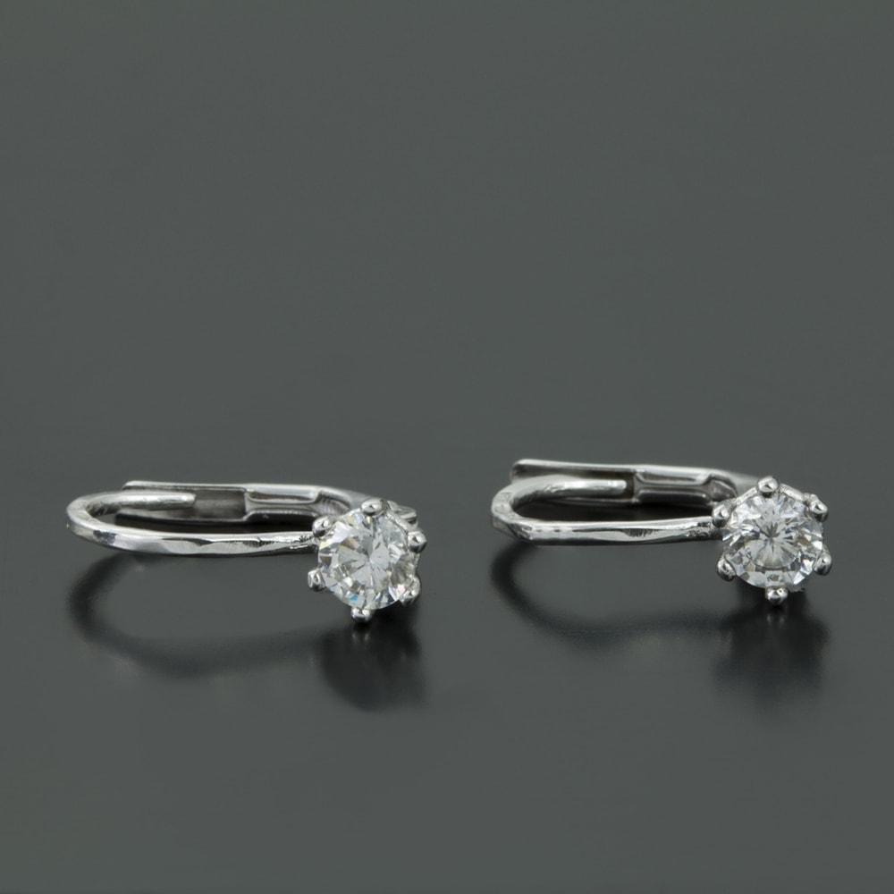 klenota ohrringe aus wei gold mit diamanten ohrringe diamant. Black Bedroom Furniture Sets. Home Design Ideas