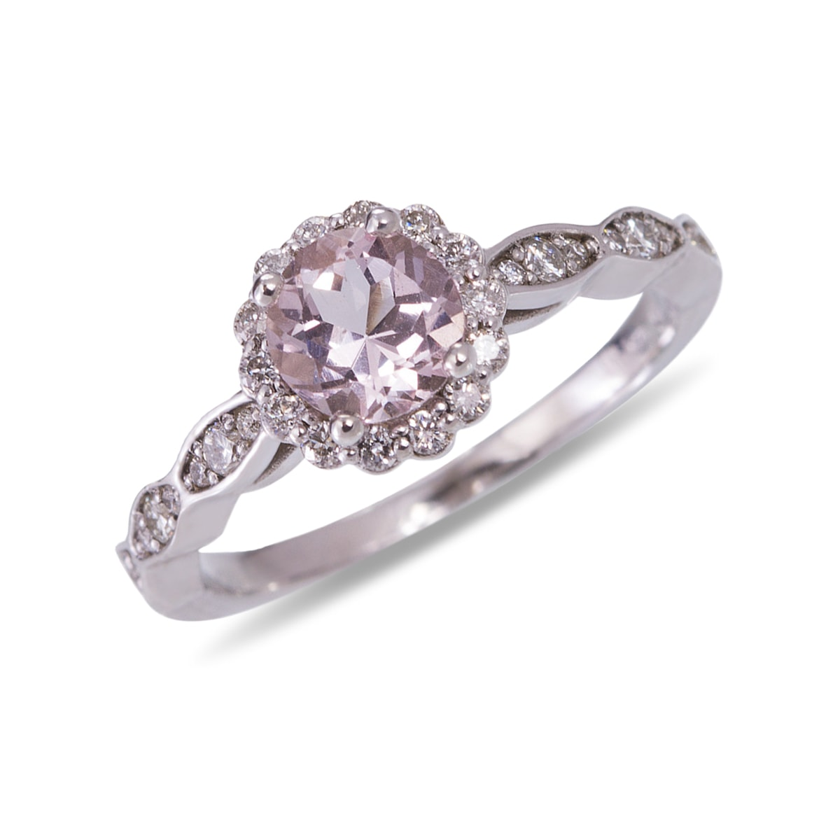 klenota white gold ring with diamonds and morganite